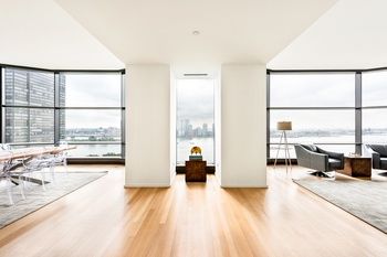 high rise apartments in manhattan for sale